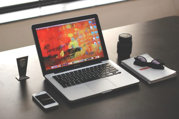 Image of a MacBook Pro.